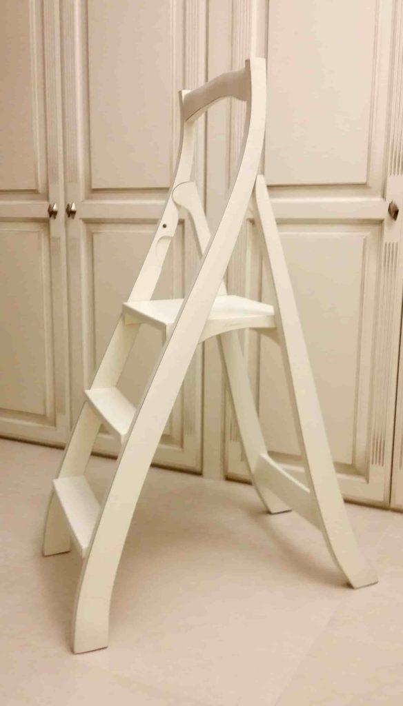 Лестница-стремянка в подарок для руководителя